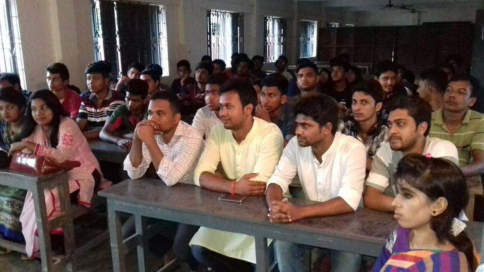 কাঞ্চন নগর স্কুল মিলনায়তনে এক্স-কাঞ্চননগরিয়ান এসোসিয়েশনের উদ্যোগে পুনর্মিলনী বিষয়ে এক জরুরী সভা অনুষ্ঠিত